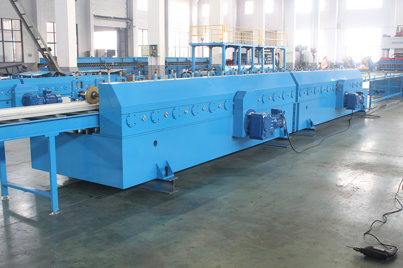 AUTOMATIC SINGLE PANEL LINE ROLL FORMING MACHINE