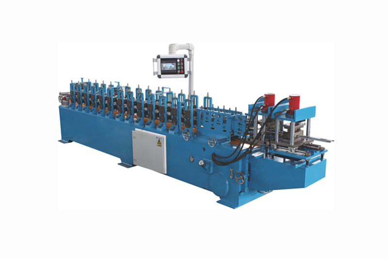 ROLLER SHUTTER DOOR FORMING MACHINE WITH PUNCHING