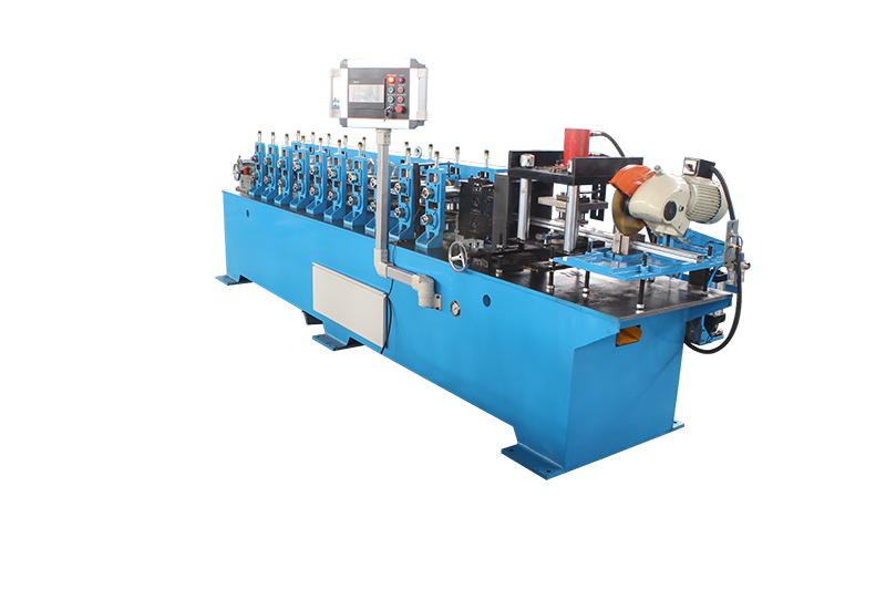 C CEILING ROLL FORMING MACHINE